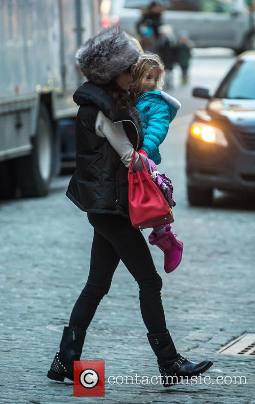 Bethenny Frankel picking up her daughter Bryn from...