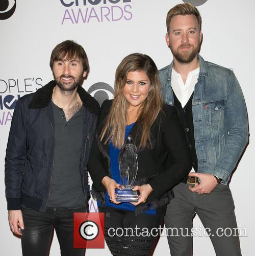 Dave Haywood, Hillary Scott, Charles Kelley and Lady Antebellum 2