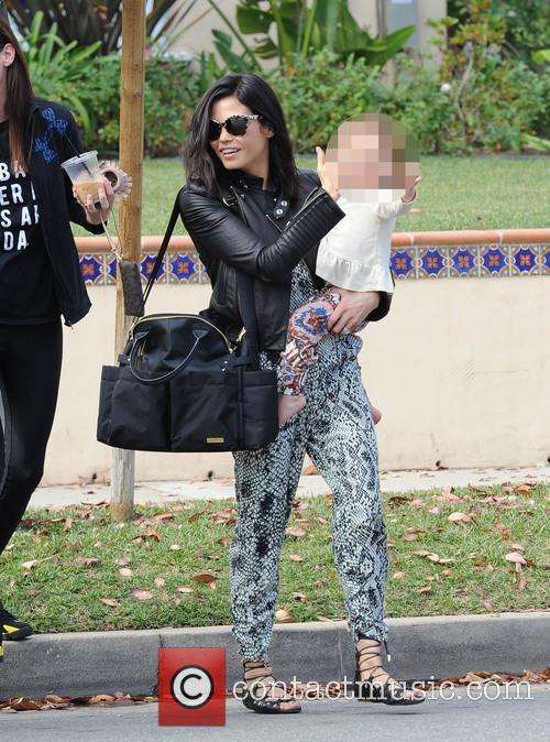Jenna Dewan and Everly 9