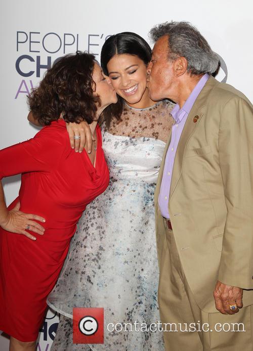 Magali Rodriguez, Genaro Rodriguez and Gina Rodriguez 1