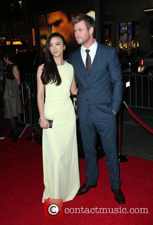Tang Wei and Chris Hemsworth 10