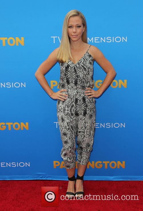 Kendra Wilkinson 7