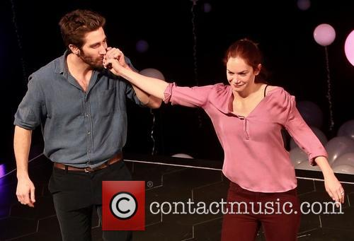Jake Gyllenhaal and Ruth Wilson 2