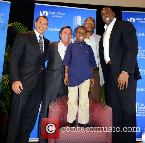 "Alex Rodriguez, Mike Fernández, Carson Sylvestre, Ray Allen and Earvin ""magic"" Johnson 6"