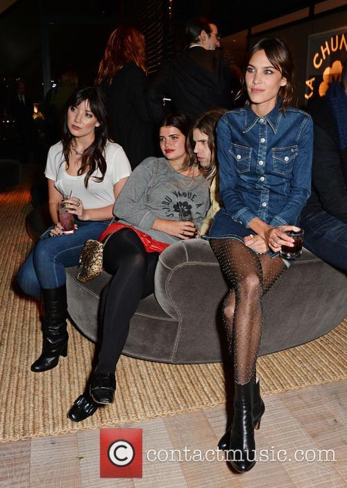 Daisy Lowe, Pixie Geldof, Bunny Kinney and Alexa Chung 1