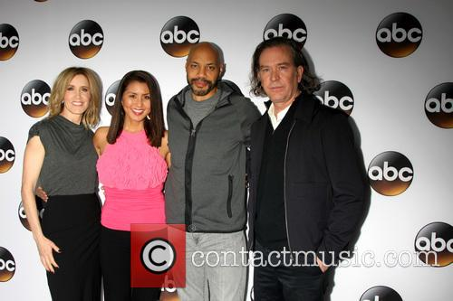 Felicity Huffman, Timothy Hutton, Guest and John Ridley 7
