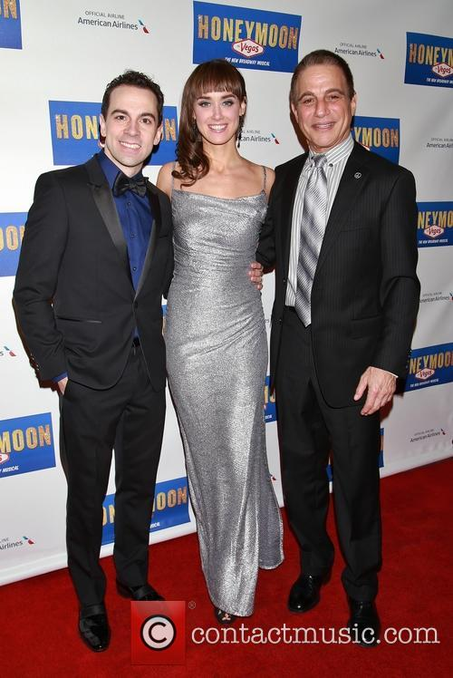 Rob Mcclure, Brynn O'malley and Tony Danza 1