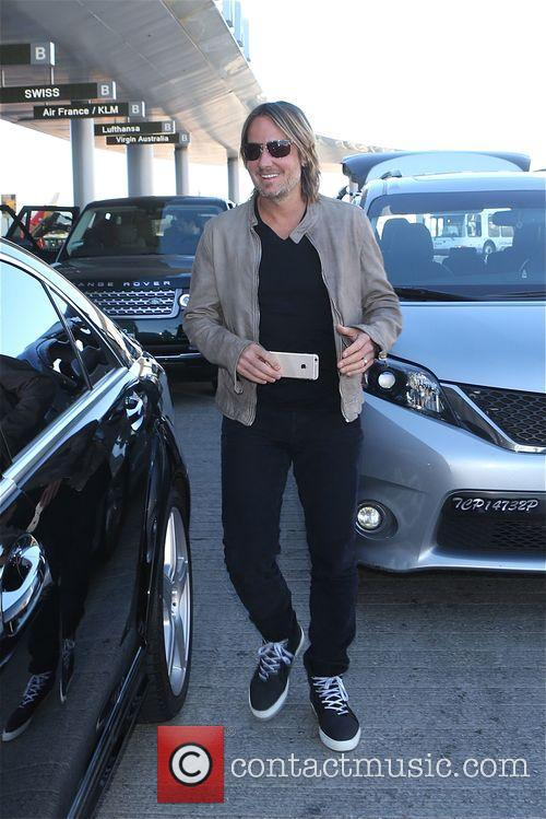Keith Urban arrives in Los Angeles at LAX