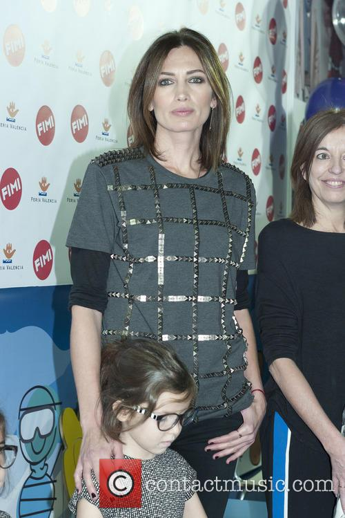 Nieves Alvarez attends a photocall for N+V