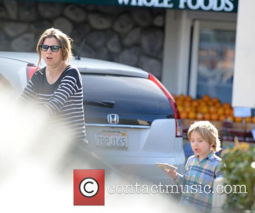 Sarah Chalke goes grocery shopping at Whole Foods...
