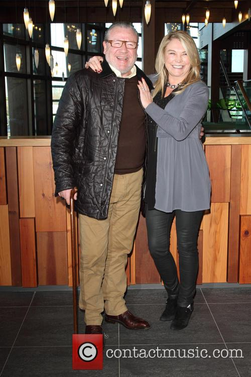 Ray Winstone and Amanda Redman 5