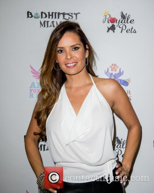Adriana De Moura 4