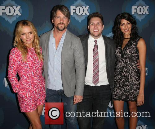 Becki Newton, Zachary Knighton, Nate Torrence and Meera Rohit Kumbhani 5