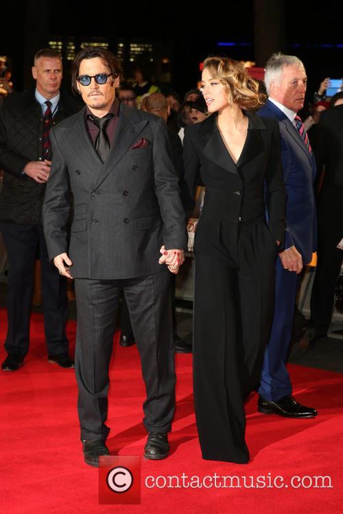 Amber Heard and Johnny Depp 8