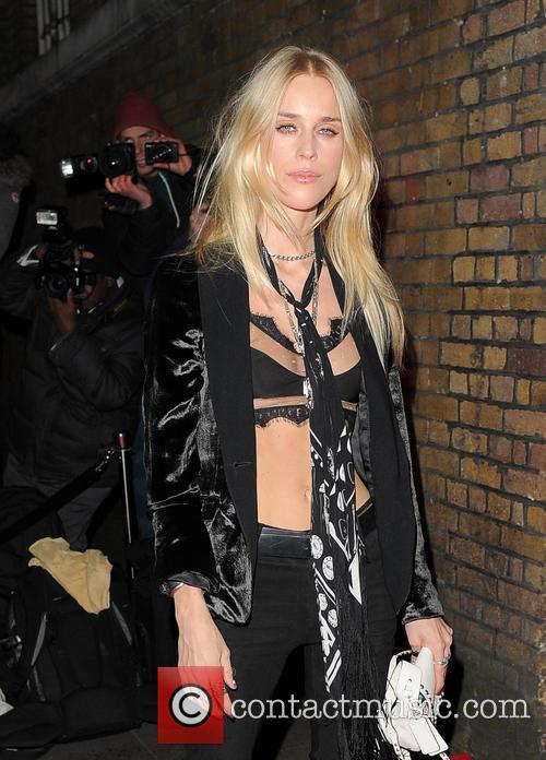 Cara Delevingne and Mary Charteris 6