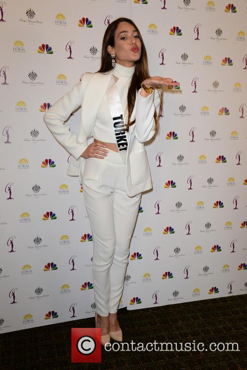 Miss Turkey Dilan Cicek Deniz 2