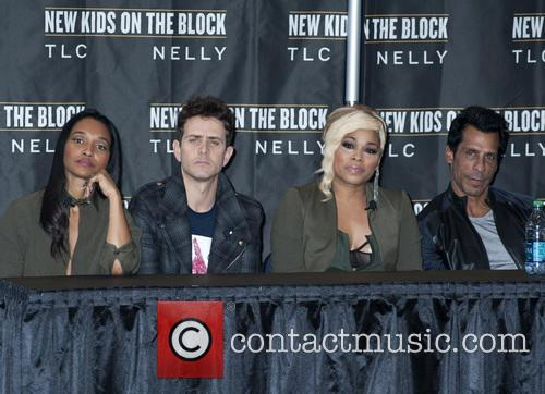 Joey Mcintyre, Chilli, T-boz and Danny Wood 8
