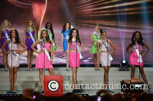 Miss Dominican Republic Kimberly Castillo, Miss Ecuador Alejandra Argudo, Miss Egypt Lara Debbane, Miss El Salvador Patricia Murillo and Miss Ethiopia Hiwot Mamo 2