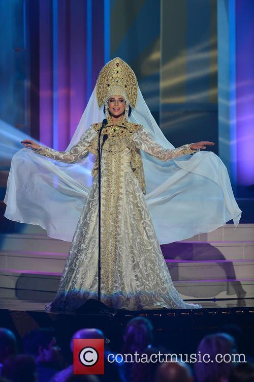 Miss Russia Yulia Alipova 3
