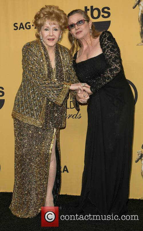 Debbie Reynolds and Carrie Fisher 2