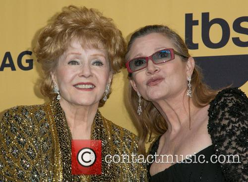 Debbie Reynolds and Carrie Fisher 3
