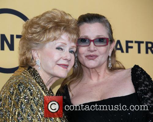 Debbie Reynolds and Carrie Fisher 6