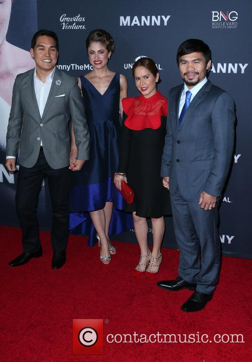 Ryan Moore, Jinkee Pacquiao and Manny Pacquiao 1
