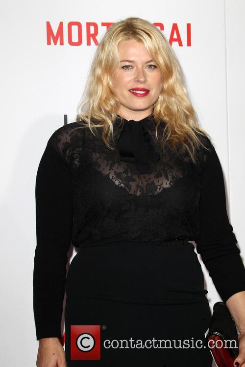 Amanda De Cadenet 9