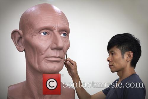 Kazuhiro Tsuji's hyper-realistic sculptures of famous historical figures