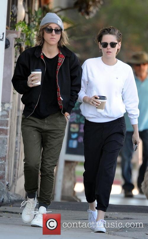 Kristen Stewart and Alice Cargile 4