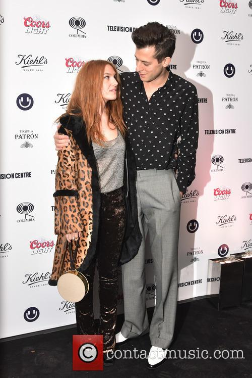 Josephine De La Baume and Mark Ronson 3