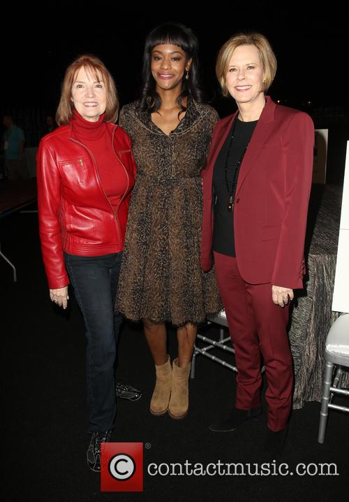 Kathy Connell, Sufe Bradshaw and Jobeth Williams 9
