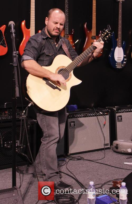 Andy Mckee 1
