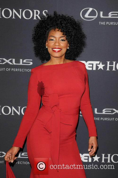 Aunjanue Ellis age