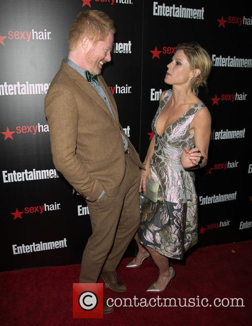 Jesse Tyler Ferguson and Elizabeth Banks 4