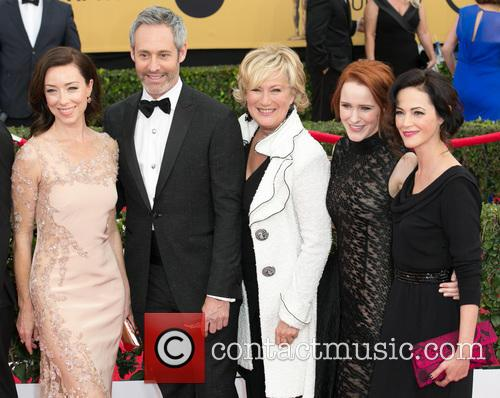 Molly Parker, Michael Gill, Jayne Atkinson, Rachel Brosnahan and Joanna Going