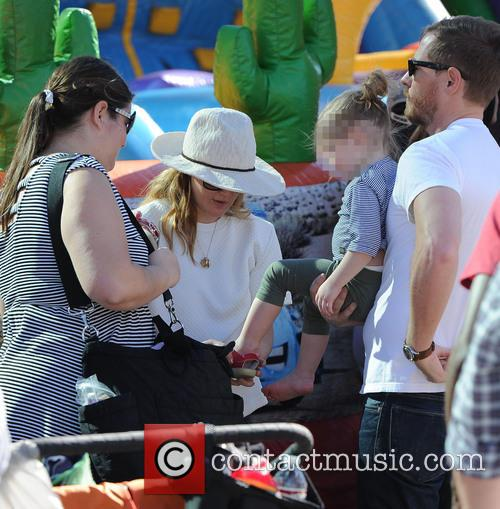 Drew Barrymore, Will Kopelman and Olive Kopelman 11
