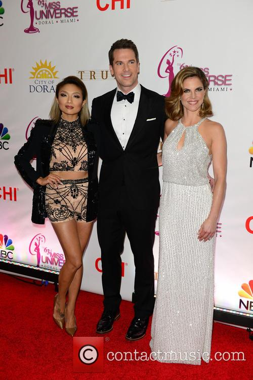 Jeannie Mai, Thomas Roberts and Natalie Morales 4