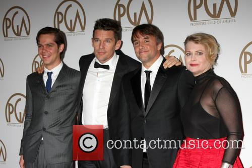 Ellar Coltrane, Ethan Hawke, Richard Linklater and Cathleen Sutherland 3