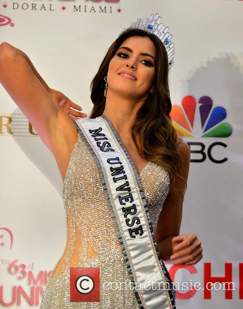 Miss Colombia and Paulina Vega 5