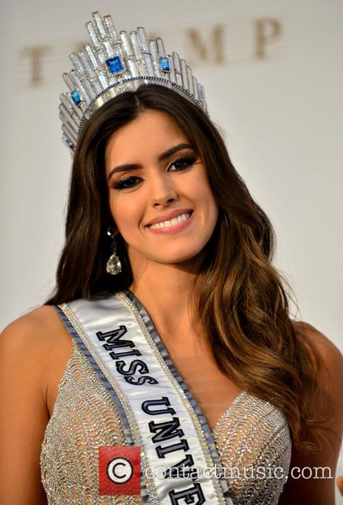 Miss Colombia and Paulina Vega 10