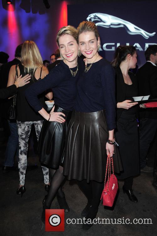 Nina and Julia Meise 5
