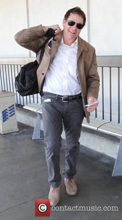 Steve Guttenberg 2