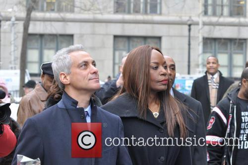 Daley, Rahm Emanuel and Liz Banks 2