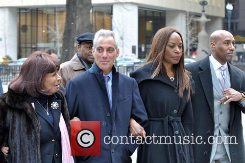 Daley, Rahm Emanuel and Liz Banks 3