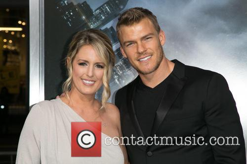 Guest and Alan Ritchson 1