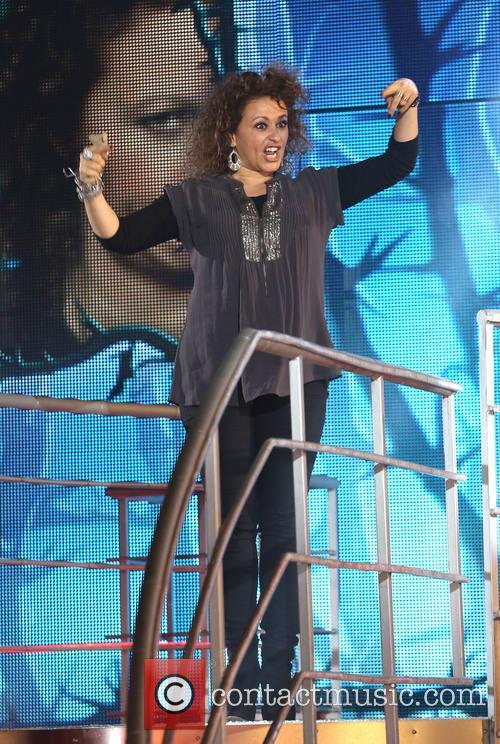 Nadia Sawalha 7