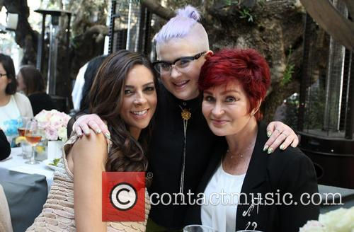 Terri Seymour, Kelly Osbourne and Sharon Osbourne 4
