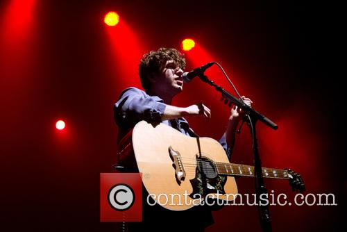 Luke Pritchard and The Kooks 6