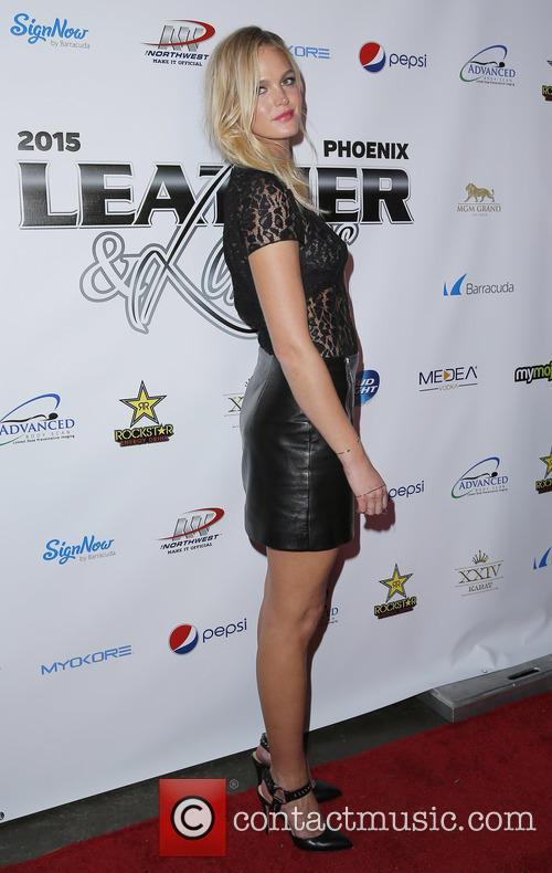 Erin Heatherton 6